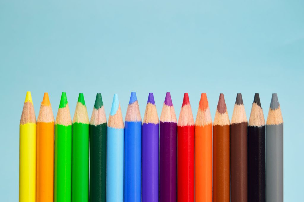 This is a comparison of rec.709 and rec.2020 through imagery of different color pencils
