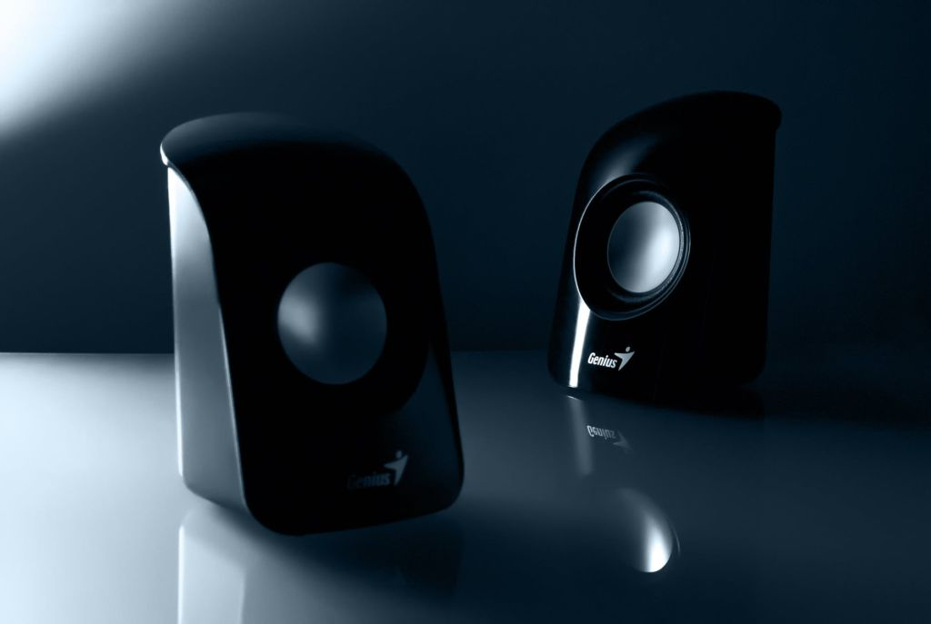 2 small speakers
